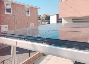 カーポートへの太陽光パネル設置