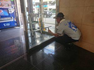 久留米市ガラス清掃
