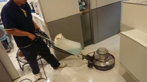 福岡市歯科医院廊下機械洗浄