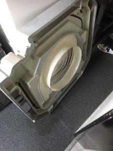 久留米市飲食店天井型エアコン洗浄