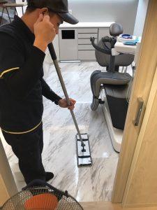 福岡市天神歯科医院清掃