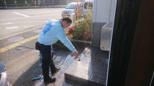 久留米市床洗浄・窓ガラス清掃